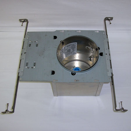 Saunasteam wet rated 4 recessed ceiling light new construction light housing aloadofball Image collections